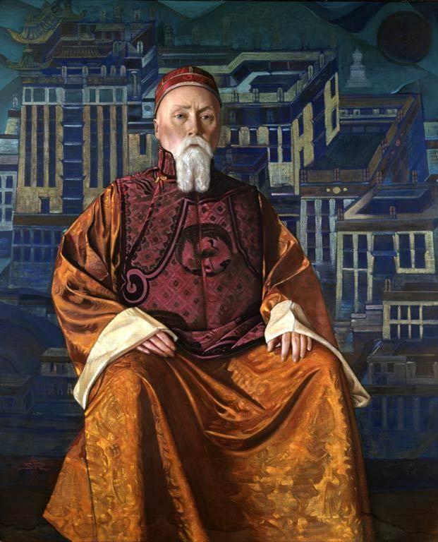 Н.К. Рерих в костюме ламы на фоне Потала