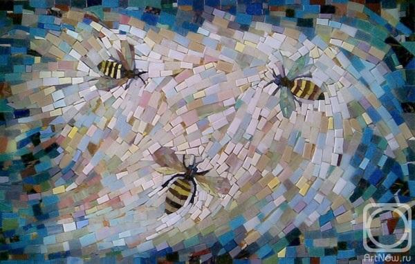 3 пчелы